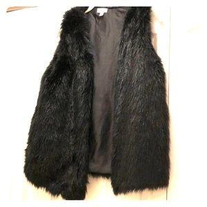 Black Faux Fur Vest,Size Medium,Great for Holidays
